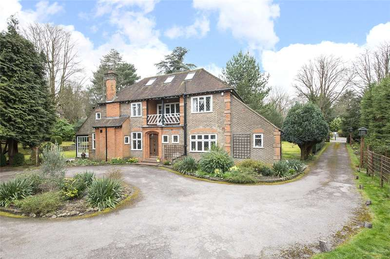 4 Bedrooms Detached House for sale in Furze Lane, Purley