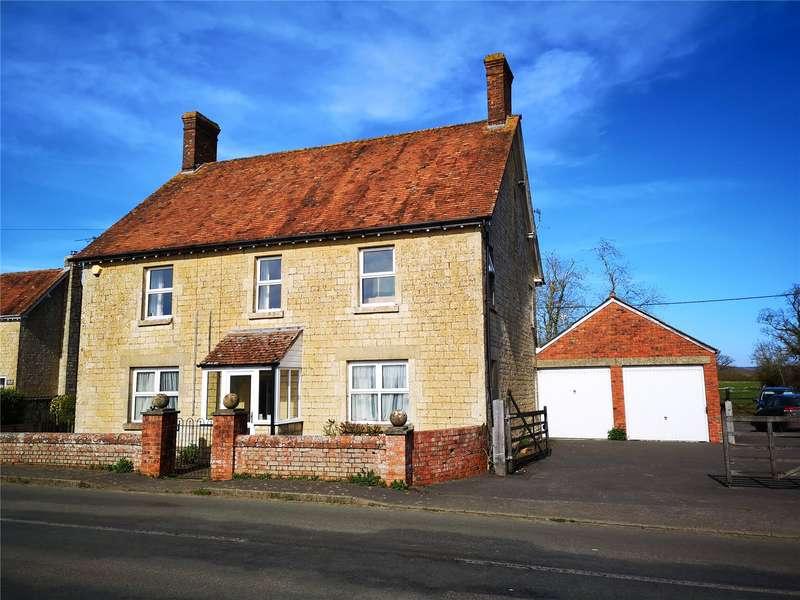 4 Bedrooms Detached House for sale in Moorside, Sturminster Newton, Dorset, DT10