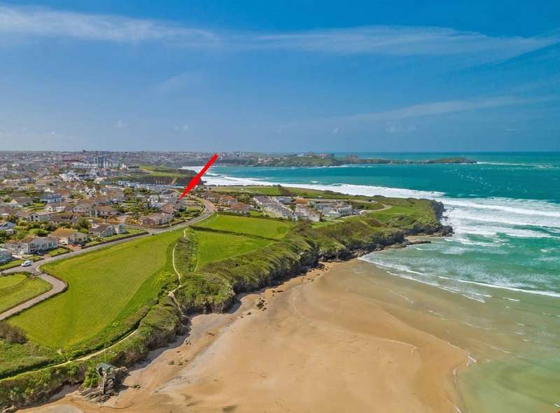 4 Bedrooms Detached House for sale in Lusty Glaze Road, Newquay, Cornwall