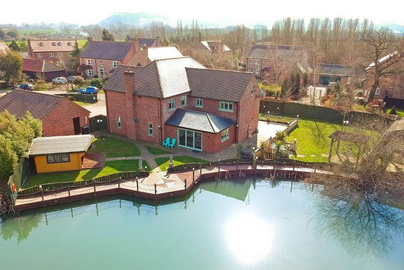 5 Bedrooms Detached House for sale in Lovett Green, Sharpenhoe, Bedfordshire, MK45 4SP