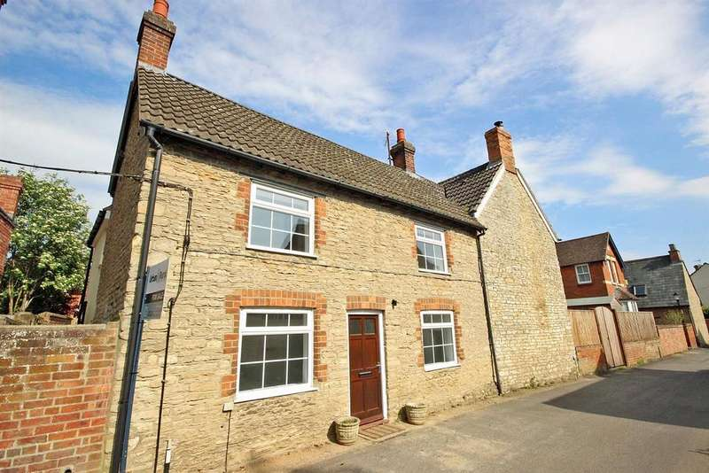 4 Bedrooms Semi Detached House for sale in Orchard Lane, Harrold