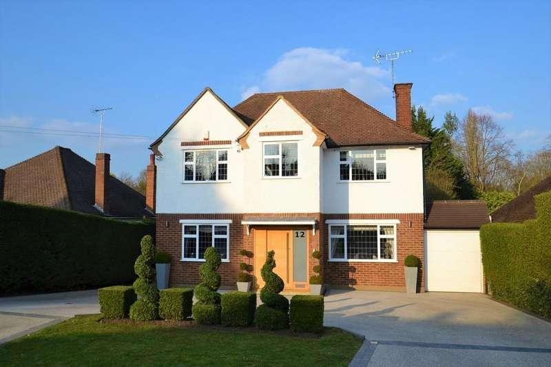 5 Bedrooms Detached House for sale in Links Drive, Radlett