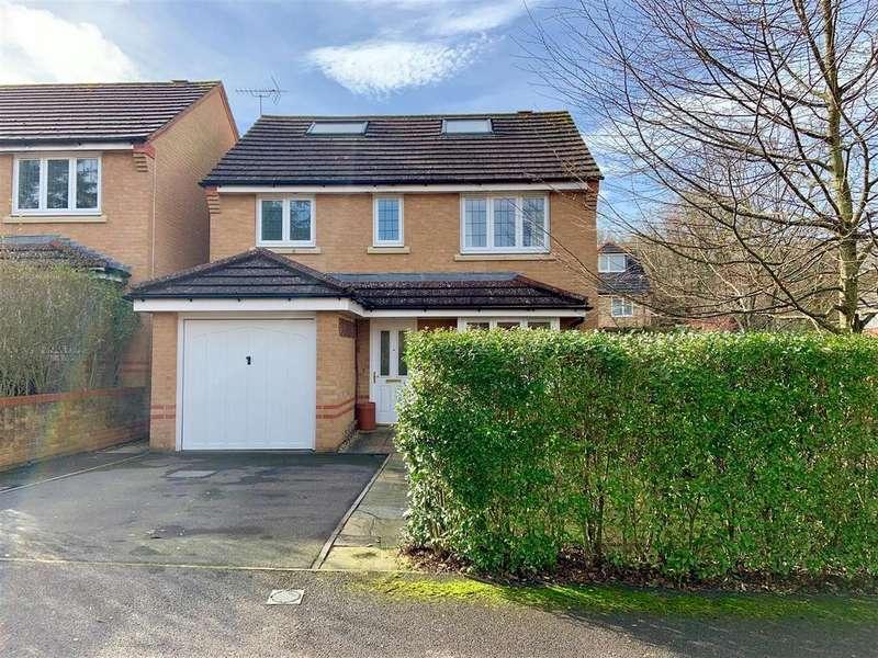 4 Bedrooms Detached House for sale in Lamtarra Way, Newbury