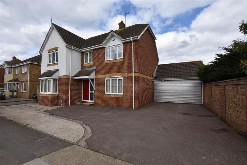 4 Bedrooms Detached House for sale in Thorney Bay road Canvey Island