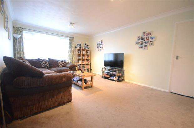 2 Bedrooms Maisonette Flat for sale in Kennedy Drive, Pangbourne, Reading