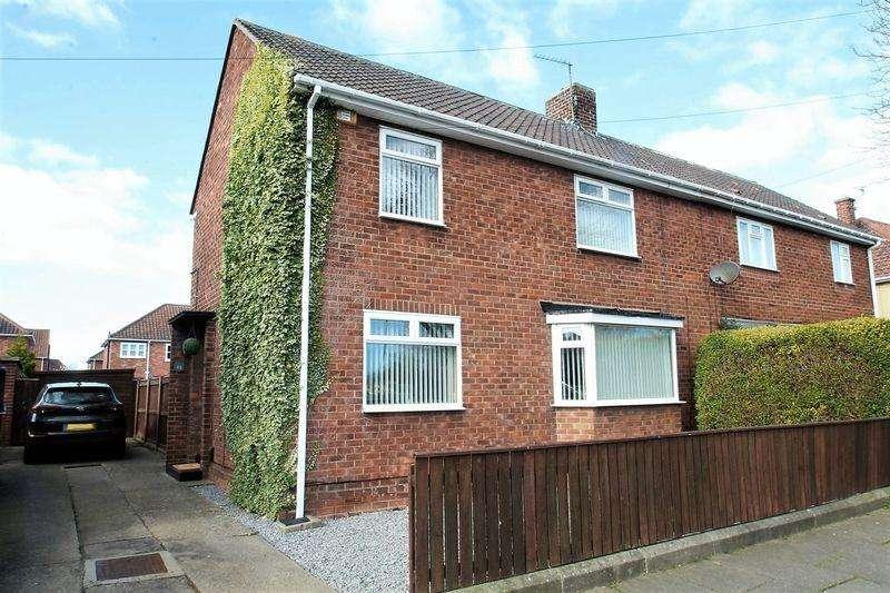 3 Bedrooms Semi Detached House for sale in Melrose Avenue, Billingham