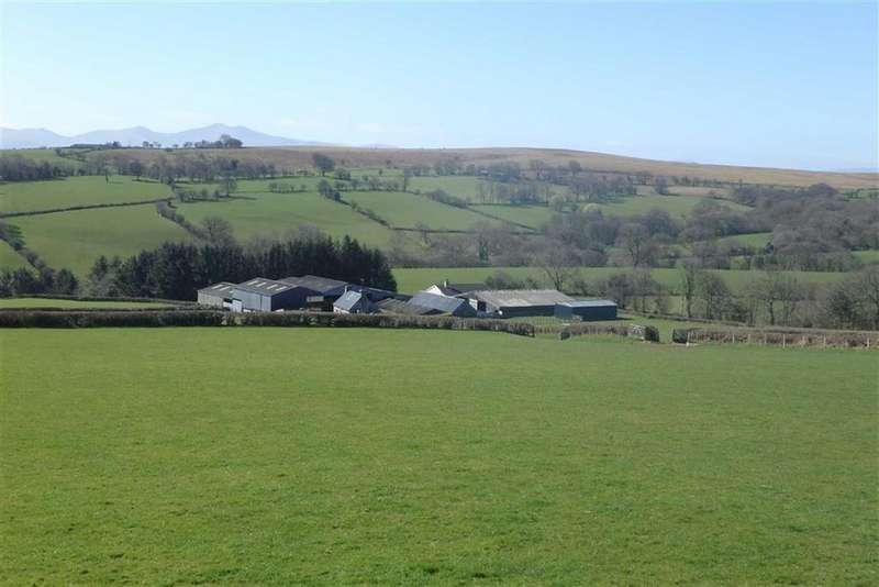 3 Bedrooms Farm Land Commercial for sale in Llandefalle, Brecon, Powys