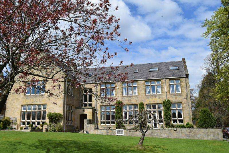 4 Bedrooms Maisonette Flat for sale in Apartment 4 Hindley Hall, Stocksfield