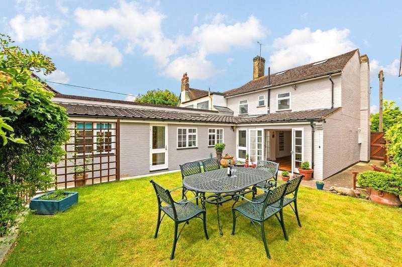 4 Bedrooms Semi Detached House for sale in High Street, Ashwell