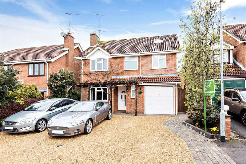 4 Bedrooms Detached House for sale in Hailsham Close, Owlsmoor, Sandhurst, Berkshire, GU47