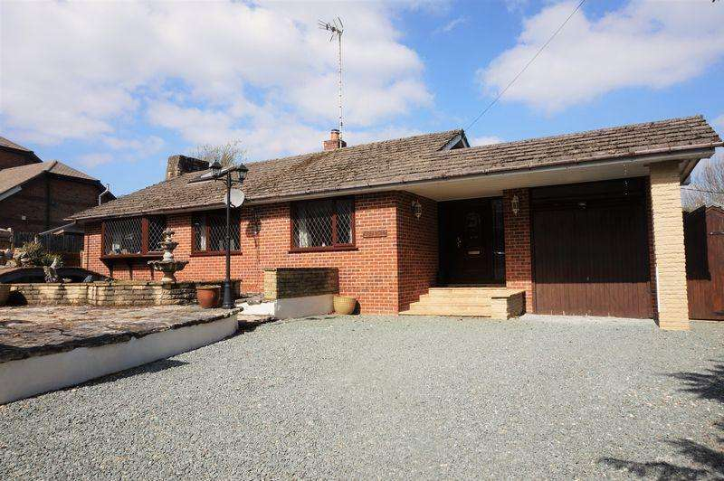 4 Bedrooms House for sale in The Slade, Bucklebury