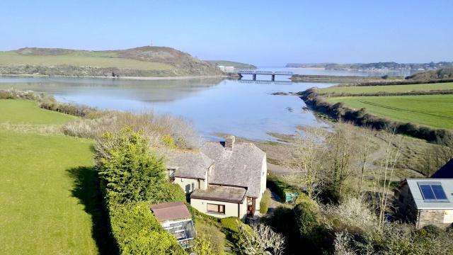 3 Bedrooms Detached House for sale in St Issey