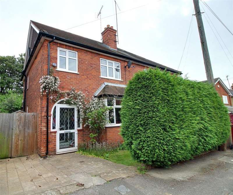 4 Bedrooms Semi Detached House for sale in Westbourne Terrace, Reading, Berkshire, RG30