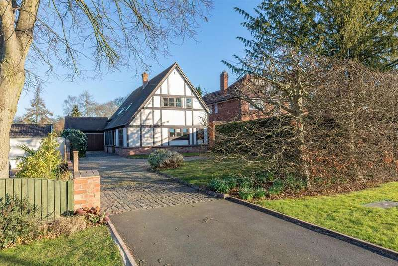 4 Bedrooms Detached House for sale in Warwick Road