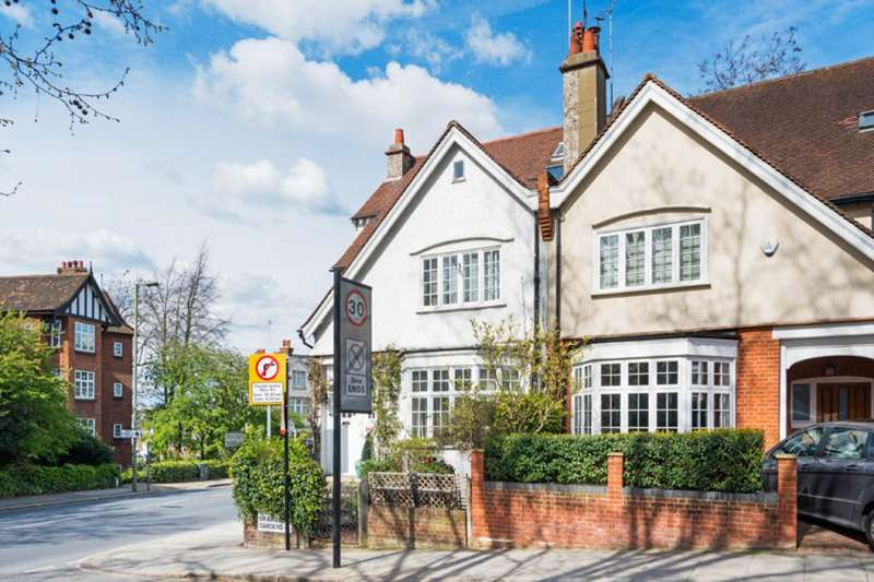 5 Bedrooms Semi Detached House for sale in Briardale Gardens, London, NW3