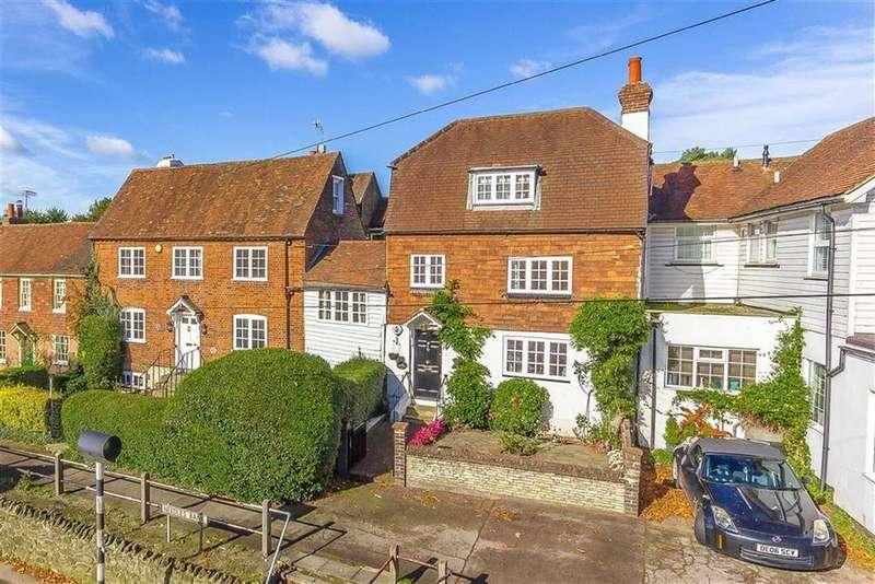 3 Bedrooms Link Detached House for sale in Needles Bank, Godstone, Surrey