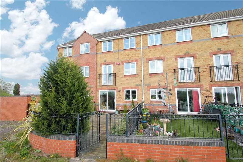 4 Bedrooms Terraced House for sale in Riverside Approach, Gainsborough