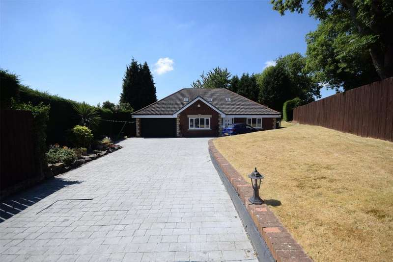 4 Bedrooms Bungalow for sale in Throckley