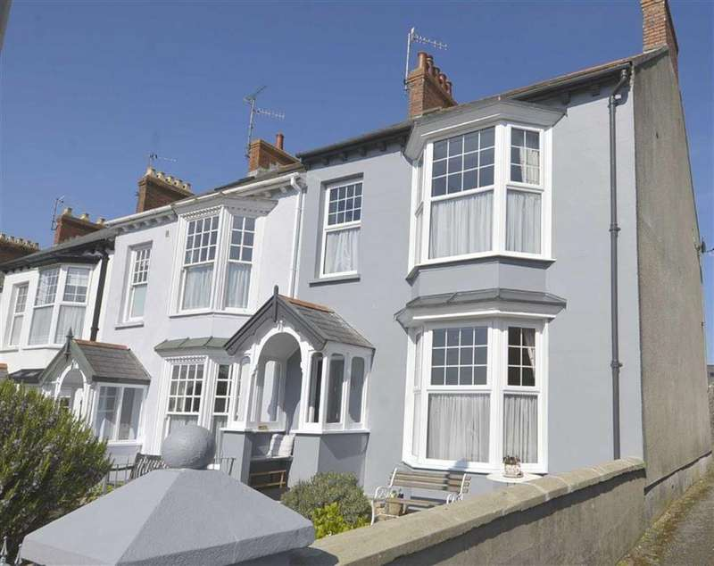 4 Bedrooms House for sale in 1, Queens Parade, Tenby, Pembrokeshire, SA70