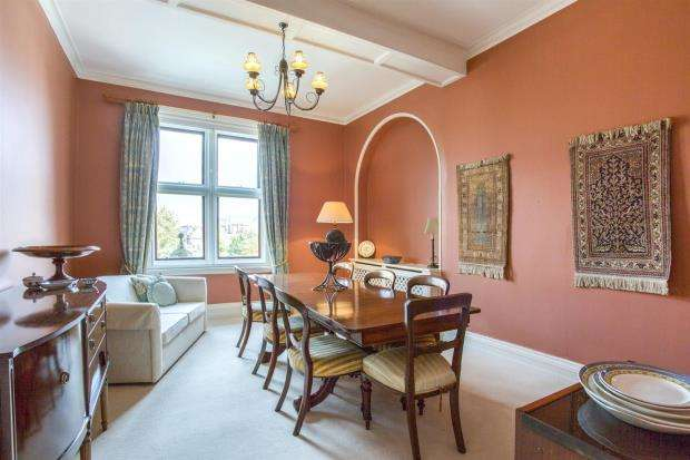 3 Bedrooms Apartment Flat for sale in Harvest House, Cobbold Road, Felixstowe