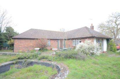 3 Bedrooms Bungalow for sale in Linton, Cambridge