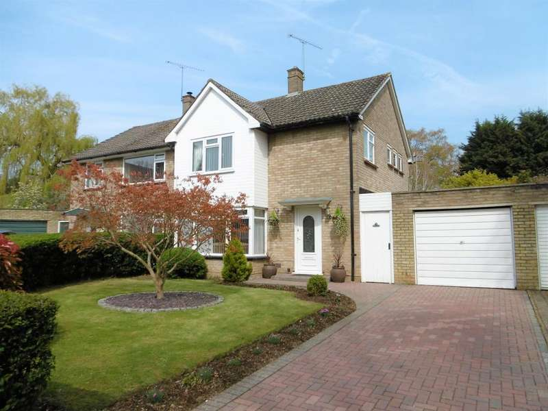 3 Bedrooms House for sale in The Green, Bracknell, Berkshire, RG12