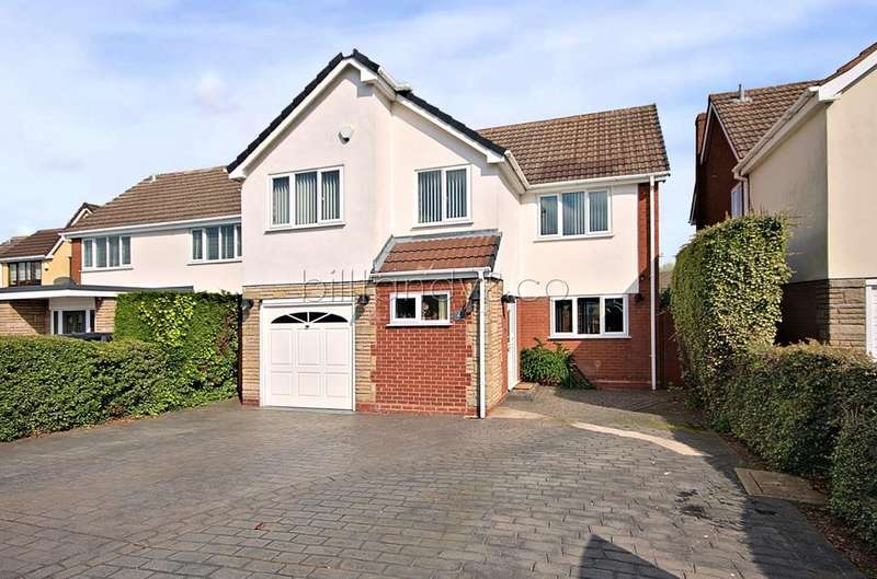 4 Bedrooms Detached House for sale in Trent Close, Burntwood, WS7