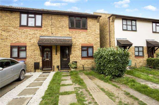 2 Bedrooms End Of Terrace House