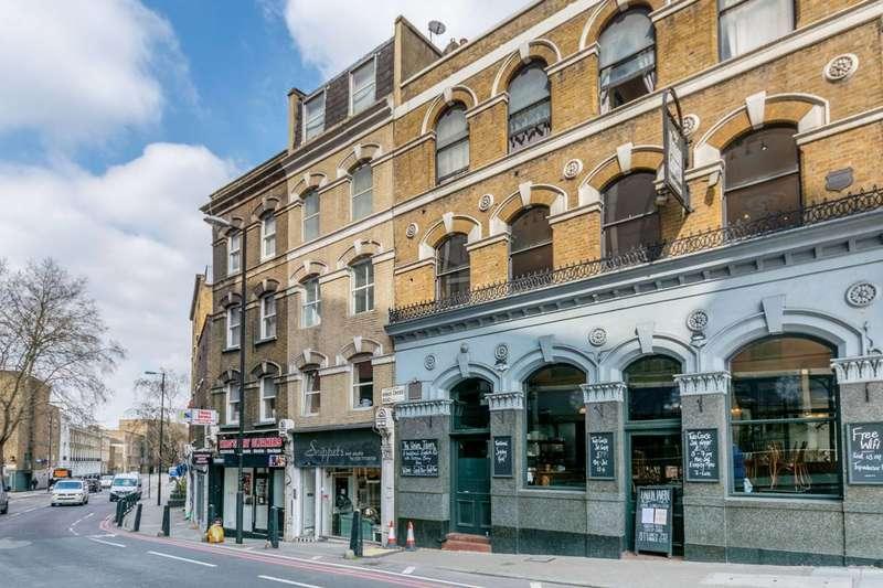 Studio Flat for sale in Kings Cross Road, Clerkenwell, WC1X