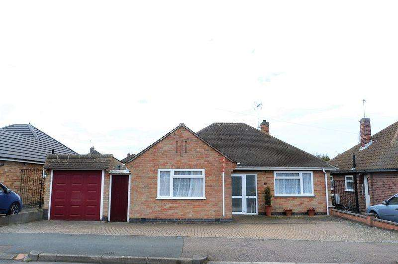 3 Bedrooms Detached Bungalow for sale in Chellaston Road, Wigston