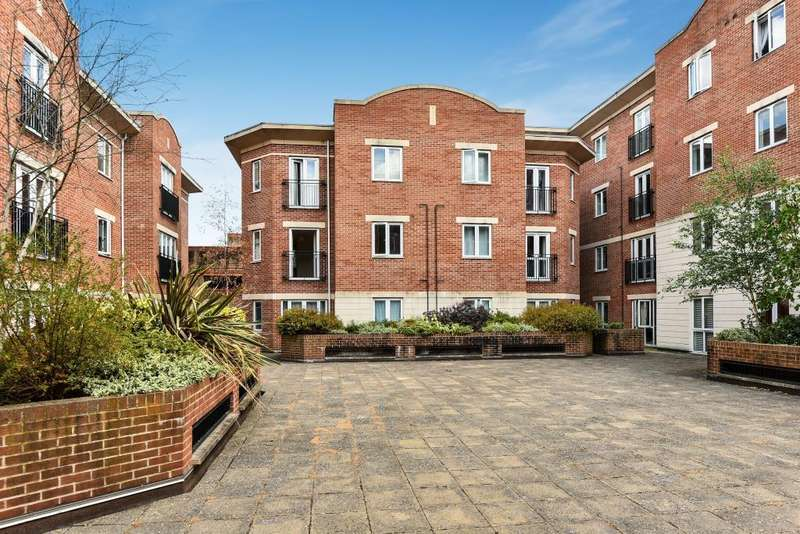1 Bedroom Flat for sale in Park View, Maidenhead, SL6