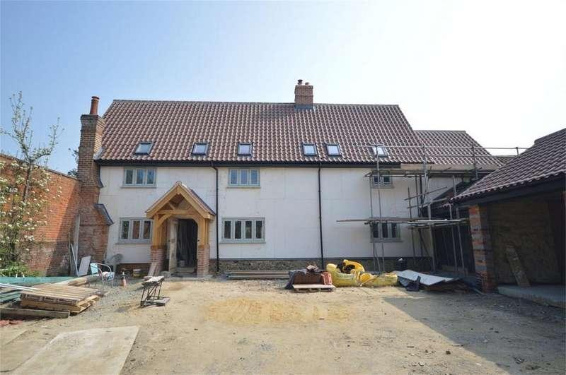 4 Bedrooms Detached House for sale in Bunwell Road, Spooner Row, Wymondham, Norfolk, Norfolk
