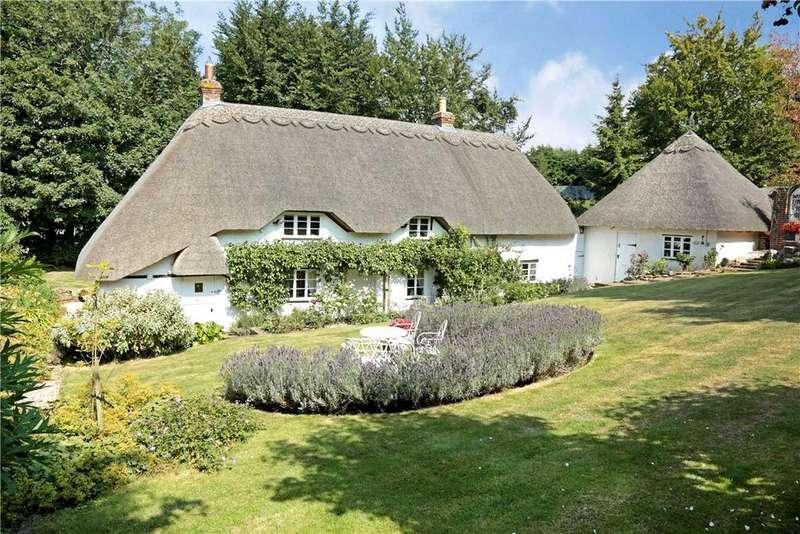 3 Bedrooms Detached House for sale in Aldbourne Road, Baydon, Marlborough, Wiltshire, SN8