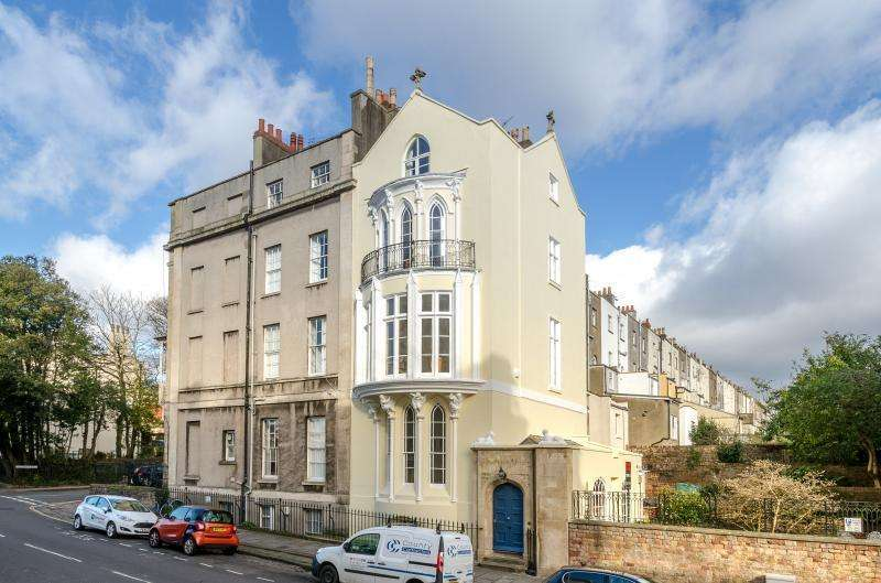 4 Bedrooms House for sale in Sion Hill, Bristol