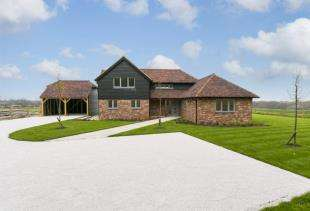 5 Bedrooms Detached House for sale in Crockstead Green Farm, Halland, Lewes, East Sussex