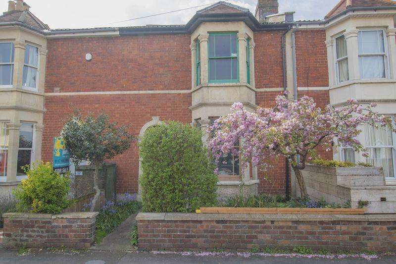2 Bedrooms Terraced House for sale in Kingsley Road, Bristol