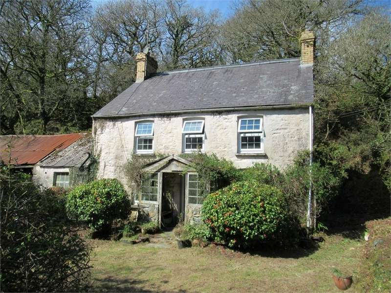3 Bedrooms Detached House for sale in Parc-y-Dyffryn (nr Cilgwyn, Newport), Pontfaen, Fishguard, Pembrokeshire