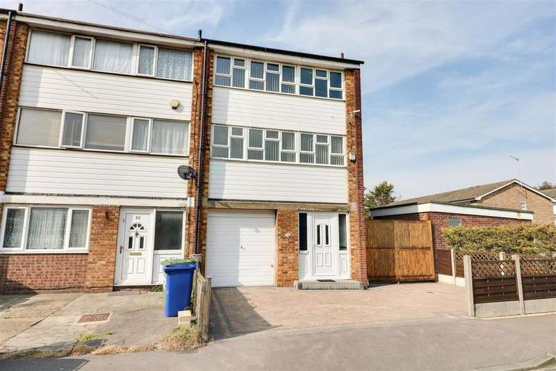 3 Bedrooms Town House for sale in Russell Road, Tilbury