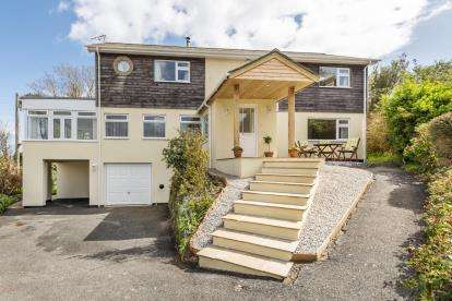 4 Bedrooms Detached House for sale in Gorran Haven, St. Austell, Cornwall