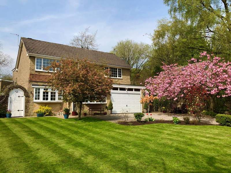 4 Bedrooms Detached House for sale in Park Road, Buxton, Derbyshire, SK17