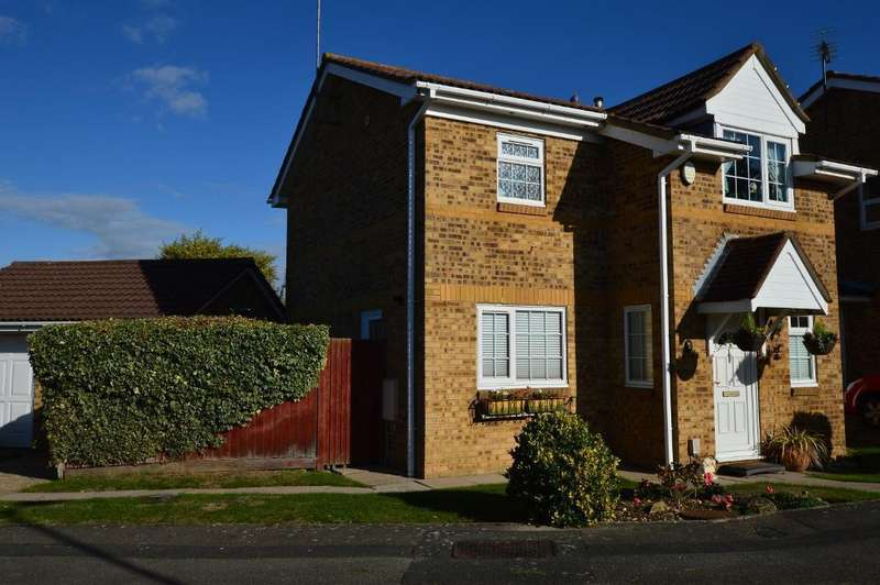 3 Bedrooms Detached House for sale in Rushall Green, Wigmore, Luton, LU2 8TN