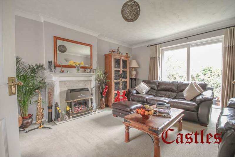 4 Bedrooms Detached House for sale in Peregrine Road, Waltham Abbey, Essex, EN9