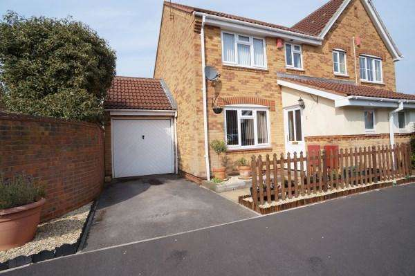 3 Bedrooms House for sale in Little Hayes, Fishponds, Bristol, BS16 2LD