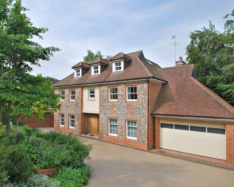 6 Bedrooms Detached House for sale in Stratton Road, Beaconsfield, HP9