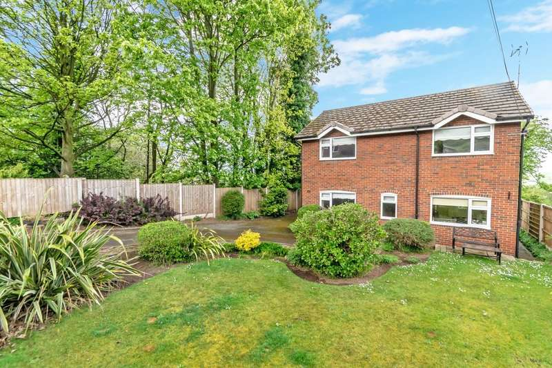 4 Bedrooms Detached House for sale in Top Road, Frodsham, WA6