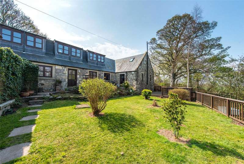 3 Bedrooms Detached House for sale in 9B Milrig Holdings, Kirknewton, West Lothian, EH27