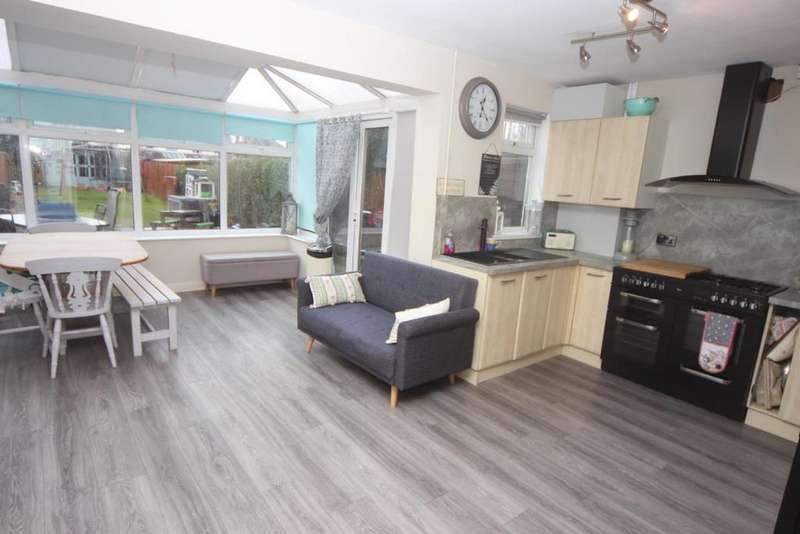 4 Bedrooms Terraced House for sale in Edward Street, Hinckley