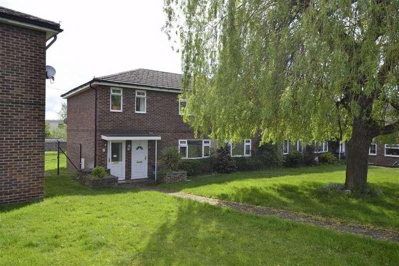2 Bedrooms Maisonette Flat for sale in Wyndham Road, Newbury, Berkshire, RG14