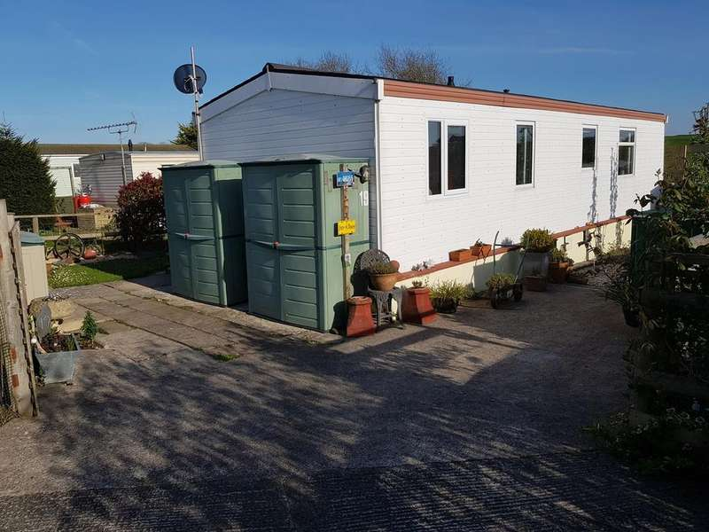 2 Bedrooms Park Home Mobile Home for sale in Castleton Park, St Athan, Barry, CF62