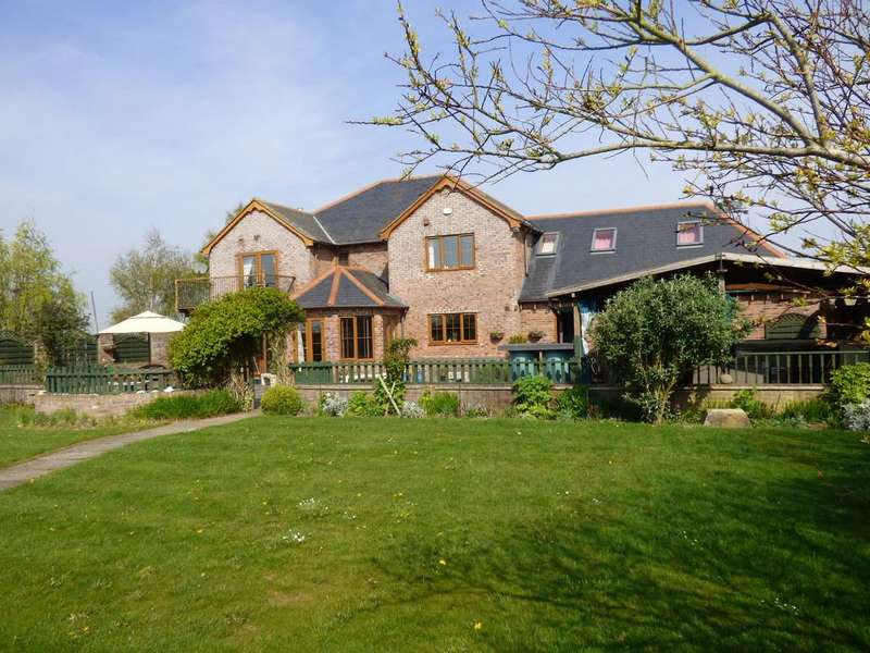5 Bedrooms Detached House for sale in Iron Bar Drove, Cuckoo Bridge